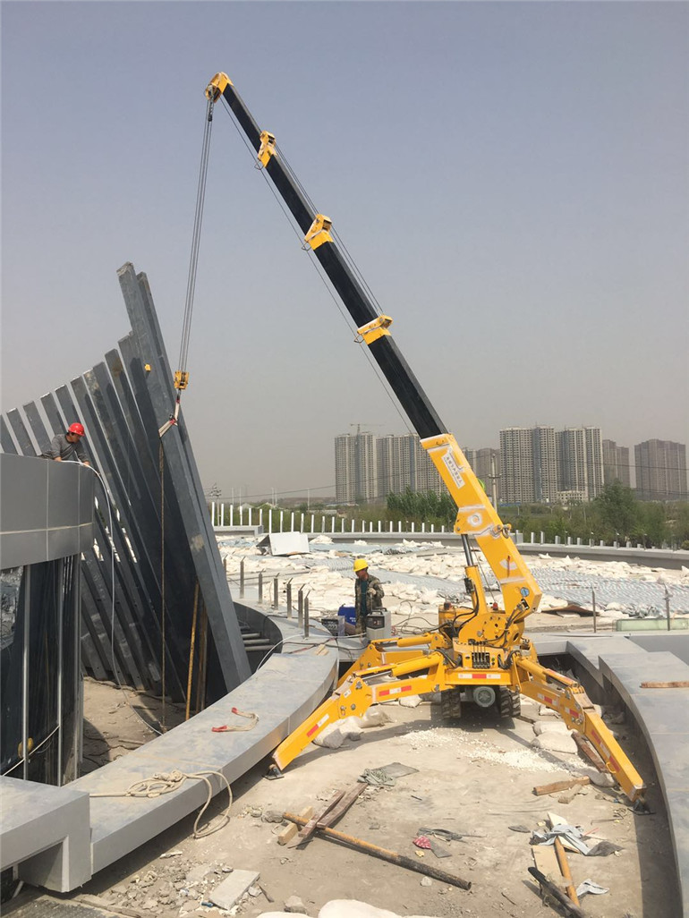 construction use mini crane
